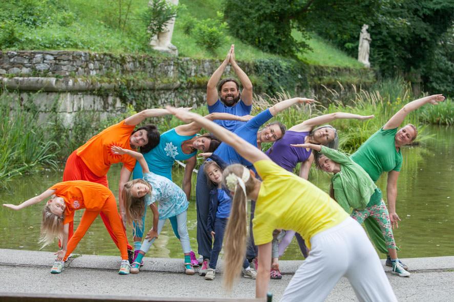 Eltern-Kind Yoga