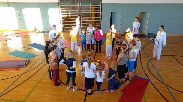 Yoga Schulprojekte